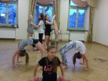 Więcej o: Zajęcia akrobatyczne