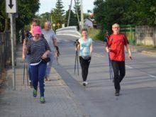 Więcej o: Marszem nordic walking przywitali lato