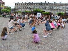 Więcej o: Kulturalny piątek w rytmie fit