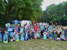 Więcej o: Uczestnicy akcji wakacyjnej podróżowali Kolorową Lokomotywą