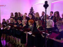 Więcej o: Koncert zimowy chóru miejskiego