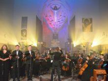 """Więcej o: Koncert Pasyjno-Wielkanocny """"Błogosławieni Miłosierni…"""""""